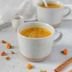 Turmeric Milk, Organic Turmeric, Moon Milk Recipe, Milk Recipes, What To Cook, Vegan, Healthy Drinks, Healthy Recipes, A Food