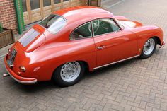 The Porsche 911 is a truly a race car you can drive on the street. It's distinctive Porsche styling is backed up by incredible race car performance. Porsche 2017, Porsche Sports Car, Audi, Porsche Cars, Porsche 550, Porsche 356 Outlaw, Porsche 356 Speedster, Ferdinand Porsche, Velo Vintage