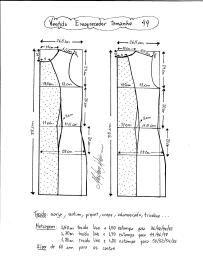 Esquema de modelagem de vestido tubinho que afina a silhueta tamanho 44.