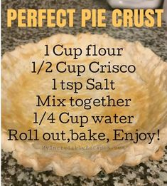 Easy Pie Crust, Homemade Pie Crusts, Pie Dough Recipe, Pie Crust Recipes, Pie Dessert, Dessert Recipes, Tapas, Biscuits, Delicious Desserts