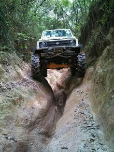 Off Road Suzuki Best cars . Best 4x4 Cars, Jimny Suzuki, Offroader, Lama, Off Road Adventure, 4x4 Off Road, Four Wheel Drive, Big Trucks, Muddy Trucks