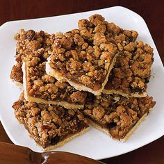 For your next cocktail party, opt for apple crumb squares instead of hard-to-eat-while-standing apple pie. These dessert bars have the tried-and-true flavors of the quintessential American pie — no fork or plate required. Click for more fall-ready apple desserts.