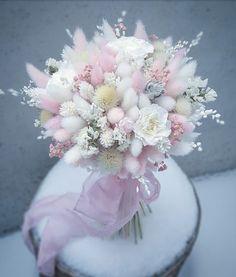 Lovely and delicate bouquet pastel flowers arrangement ll - Blumen - Beautiful Flower Arrangements, Wedding Flower Arrangements, Floral Arrangements, Beautiful Flowers, Wedding Flowers, Diy Wedding, Bride Bouquets, Floral Bouquets, Floral Wreath