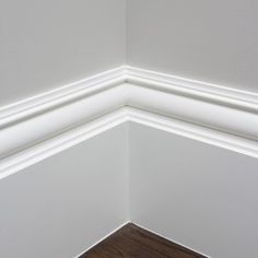 Wide feature skirting boards #wallpanelingandfeaturemouldings #skirtingboards