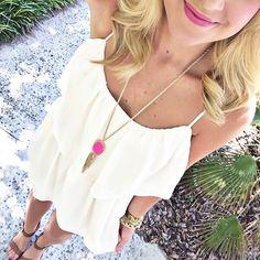 White summer sundress + pink Kendra Scott necklace