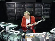 Klaus Schulze ~ behind see his version of a Wall of Sound Jean Michel Jarre, Wall Of Sound, Midi Keyboard, Pedalboard, Sound & Vision, Electronic Music, Music Production, Composers, Rock
