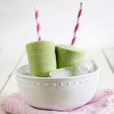 Looking for a new twist on an afternoon pickmeup or a treat that's healthy & refreshingly frozen? http://www.styletome.com/orlandostyle/8-orlandostylearticles/1511-healthypopsicles.html