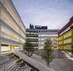 Longyuan School Affiliated To Central China Normal University - Picture gallery Education Architecture, Commercial Architecture, Concept Architecture, School Architecture, Architecture Design, Future School, Dream School, School Building Design, School Design