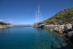 CRUISE ANCIENT TURKEY ON TRADITIONAL 'GULETS'