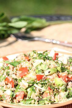 Tabouleh, salade met bulgur | Salade | Salad | Tabouleh | Bulgur | Groen | Green | Lunch | Diner | Eten | Food | Gezond | Healthy | Dreambody transformation | De Levensstijl | Asja Tsachigova Salsa, Mexican, Ethnic Recipes, Food, Salads, Salsa Music, Restaurant Salsa, Meals, Mexicans