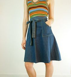 """Wrap-around skirt.    Had several of these """"dog-show"""" skirts!!!"""