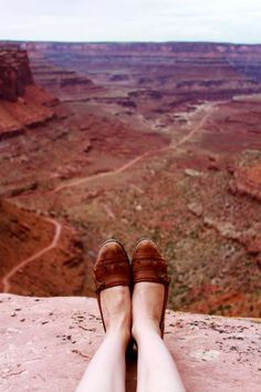 it's on my bucket list to go to the grand canyon...hoping to do that sooner rather than later! I also like these loafers.