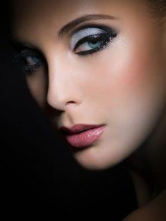 Make-up look http://vietpages.com.vn/1/3668/Trang-Diem-Co-Dau-Dep.aspx