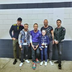 Coldplay backstage at #ColdplayDublin with @PadraigHarty