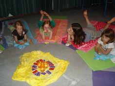 Piekaboe-yoga.nl - Creatieve kinderyoga
