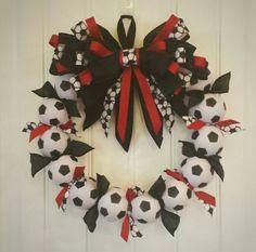 Soccer Wreath Perfect soccer futbol decor by SarahBerryDesigns Holiday Wreaths, Mesh Wreaths, Burlap Wreaths, Soccer Banquet, Soccer Party, Soccer Crafts, Soccer Decor, Soccer Wreath, Wyoming Cowboys Football