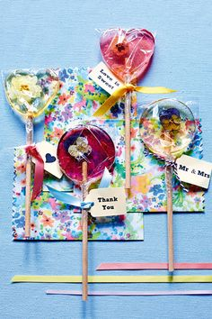 Edible Flower Lollipops (BridesMagazine.co.uk)
