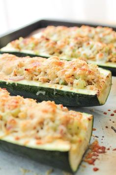 Low carb and gluten free meal option! Roasted Zucchini Tuna Melts make a quick…