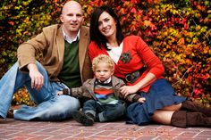 Great blog with tips on how to dress for family pictures. Also, some of the cutest family pics ever! These tips will definitely keep your family off AwkwardFamilyPhotos.com!