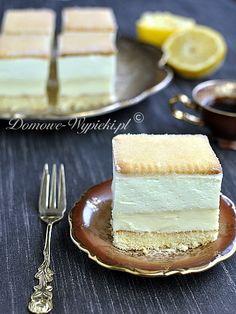 Light and Refreshing Lemon Cake Lemon Desserts, Cookie Desserts, Fun Desserts, Delicious Desserts, Polish Desserts, Polish Recipes, Sweet Recipes, Cake Recipes, Ukrainian Recipes