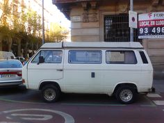 Hope he doesn't end up on parking wars! Campervan, Barcelona, Lol, Bike, Cars, Vehicles, Photography, Style, Bicycle