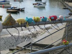 68 mouse go to live at mousehole! yarnbombing for the first time!!