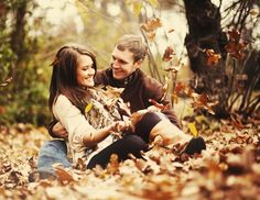 Love this fall engagement shoot @ Wedding-Day-BlissWedding-Day-Bliss