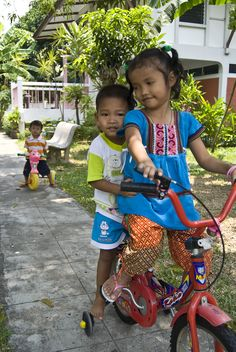 Brother and sister from SOS Children's Village Bangpoo, Thailand