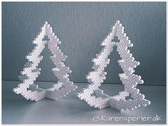 Bilderesultat for hama pattern christmas Christmas Perler Beads, 3d Christmas, Beaded Christmas Ornaments, Hamma Beads 3d, Pearler Beads, Fuse Beads, Hama Beads Design, Hama Beads Patterns, Beading Patterns