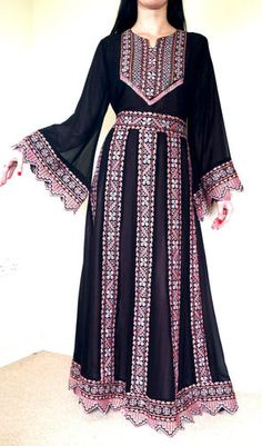 BLACK Pink Arabic Bedouin Palestinian traditional Abaya Dress Antique-Embroidery ~ Not big on pink, but look at the exquisite detail and pattern