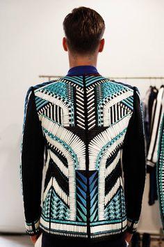 Backstage – Beaded jacket in geometric tribal pattern. Backstage at Balmain Spring Menswear. Photo: Marie-Amélie Tondu www. Highlight Description Beaded jacket in geometric tribal. Tribal Fashion, High Fashion, Fashion Show, Womens Fashion, Fashion Trends, Fast Fashion, Looks Style, My Style, Beaded Jacket