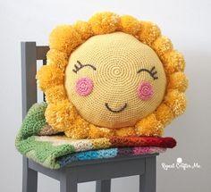 Güneş Yastık Yapımı ,  #örgükırlentnasılyapılır #örgüyastıkmodellerianlatımlı #örgüyastıkyapımı #tığişiyastıknasılyapılır #yünörgüyastıkmodelleri , Çocuk odası dekorasyonunda veya evinizin diğer alanlarında kullanacağınız çok şık güneş yastık yapımı hazırladık. Kırlent modelleri ...