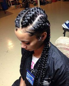 How to style the box braids? Tucked in a low or high ponytail, in a tight or blurry bun, or in a semi-tail, the box braids can be styled in many different ways. Box Braids Hairstyles, French Braid Hairstyles, Girl Hairstyles, Hairstyle Braid, Ethnic Hairstyles, Hairstyles 2018, Black Hairstyles, Braided Updo, Protective Hairstyles