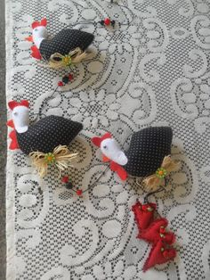 "mobile galinha d""angola. feltro"