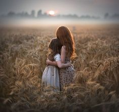 - Elena Shumilova Photographer based in Moscow, Russia. Featured on Bored Panda. Prints available for purchase.
