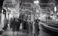 Grafton Street Dublin at Christmas by Irish Photo Archive Christmas In Ireland, Christmas Past, Retro Christmas, Vintage Holiday, Christmas Photos, Christmas Lights, Dark Christmas, Christmas Ideas, Old Pictures