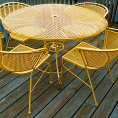 New wrought iron patio furniture redo decks 47 ideas Painting Patio Furniture, Patio Furniture Redo, Vintage Outdoor Furniture, Outside Furniture, Garden Furniture Sets, Yellow Outdoor Furniture, Furniture Depot, Vintage Chairs, Painted Furniture
