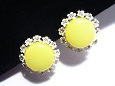 Lucite Yellow Earrings White Enamel Daisy by darsjewelrybox