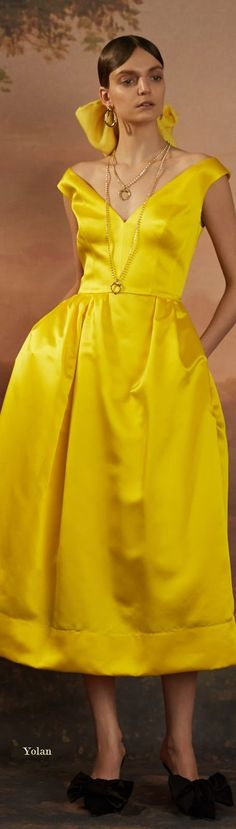 Mustard Fashion, Yellow Fashion, Yellow Clothes, Luxury Lifestyle Fashion, Vogue, Glamour Beauty, Spring, Yellow Dress, Evening Gowns