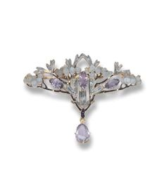 omgthatdress:  Lalique brooch ca. 1900 via Christie's