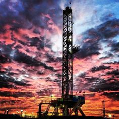 Looking for oilfield jobs? We're your one stop spot for oilfield jobs, oilfield news, oilfield learning and more. Oilfield Trash, Oilfield Wife, Black Gold Oil, Energy Services, Oil Refinery, Drilling Rig, Oil Industry, Oil Rig, Oil And Gas