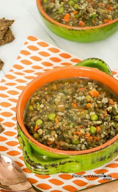 This hearty brown rice lentil soup is super simple and so filling! With only a few minutes of preparation, this soup tastes like it's been simmering all day long! Vegan, low fat, gluten free and such a simple weeknight dinner idea!   www.pancakewarriors.com