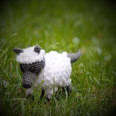 #amigurumi #animal #lobo con #piel de #cordero... / Rompiendo los hilos
