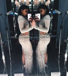 With Kendall in a sculptural Atelier Versace cut-out dress, and Kim and Kylie in dazzling Balmain numbers, see what the Kardashians wore to the MET Gala Kylie Jenner Met Gala, Trajes Kylie Jenner, Estilo Kylie Jenner, Kendall And Kylie Jenner, Sexy Dresses, Beautiful Dresses, Evening Dresses, Prom Dresses, Gorgeous Dress