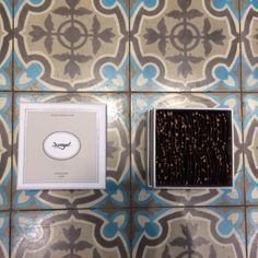 Designby mllemouns pour damyel, miel, honey,pack,packaging,chocolat, livre, chocolat, dorure