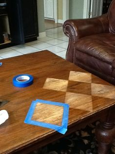 transform a wooden table top with tape and steel wool – coffee table?