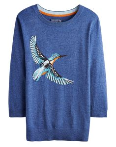 Joules Womens Intarsia Jumper, King. Take a walk on the wildside with this super soft jumper. Adorned with a cool animal intarsia that's sure to raise a smile whenever it makes and appearance, this jumper is great to add character to your wardrobe.