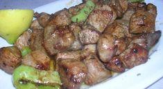 Μια πεντανόστιμη συνταγή για ορεκτικό, για μεζέ με το ουζάκι ή το κρασάκι σας, αλλά και κυρίως πιάτα με πιλάφι. Μια συνταγή για μια υπέροχη Χοιρινή τηγανιά με μπαλσάμικο. ~ igastronomie.gr Greek Cooking, Japanese Food, Sprouts, Beef, Chicken, Vegetables, Recipes, Cookpad Recipe, Foods