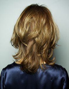 アフロート ルヴア☆ダイアモンドシルエットのミディアムヘア Medium Long Hair, Long Hair Cuts, Medium Hair Styles, Short Hair Styles, Hair Issues, Hair Arrange, Stylish Hair, Love Hair, Layered Hair