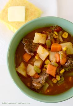 Mom's Crockpot Vegetable Beef Stew --- Cold weather comfort food! Beef Soup Recipes, Slow Cooker Recipes, Crockpot Recipes, Cooking Recipes, Dinner Recipes, Dinner Ideas, Gazpacho, Food C, Crock Pot Cooking